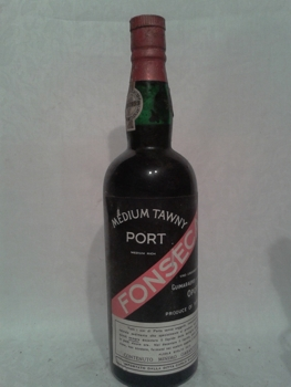 medium-tawny-port-fonseca-70s.jpg